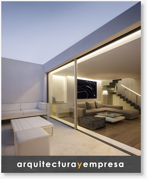 Arquitectura y Empresa - Bajo el azul del cielo - Gallardo Llopis Arquitectos